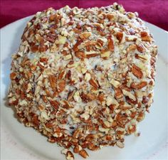 April 17 is National Cheese Ball Day: Chocolate Toffee Cheese Ball Recipe Dessert Cheese Ball, Dessert Dips, Fun Desserts, Dessert Recipes, Baking Desserts, Toffee Nut, Chocolate Toffee, Recipes Appetizers And Snacks, Yummy Appetizers