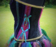 Handgemaakte Wonderland korset. Mad Hatter. door FaerieInTheFoxglove