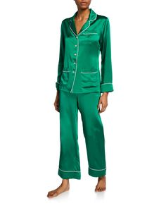 OLIVIA VON HALLE-tops-COCO LAGOON CLASSIC SILK PAJAMA SET. #olivia-von-halle #tops Olivia Von Halle, Holiday Pajamas, Silk Pajamas, Silk Charmeuse, Mother Of Pearl Buttons, Lounge Pants, Feminine Style, Celebrity Pictures, Pajama Set