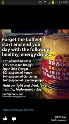 Start your day with this natural and healthy energy drink *apple cider vinegar *honey *cinnamon *cayenne pepper detox smoothie before bed Apple Cider Vinegar Uses, Apple Cider Vinegar Remedies, Apple Cider Benefits, Apple Cider Vinegar Diabetes, Apple Cider Vinegar For Weight Loss, Apple Cider Vinger, Healthy Detox, Healthy Life, Breakfast