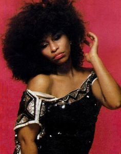 Born 1953 as Yvette Marie Stevens in Chicago, Illinois, American singer and songwriter Chaka Khan has her career spanned nearly five decades. Vintage Black Glamour, Vintage Beauty, Vintage Style, Hip Hop, Chaka Khan, Play That Funky Music, Women Of Rock, Black Art Pictures, Women In Music