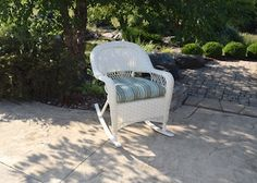 White Patio Furniture, Outdoor Furniture Sets, Outdoor Decor, Chair, Vintage, Home Decor, Recliner, Homemade Home Decor, Decoration Home