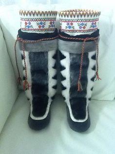 Inuit made women's sealskin kamiks by Mary Panipak