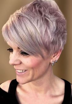 Pixie Haircuts and Hairstyles For Women Over 50 in 2021-2022 Women Pixie Haircut, Curly Pixie Hairstyles, Bob Haircuts For Women, Haircut For Older Women, Short Pixie Haircuts, Hairstyles Over 50, Short Hairstyles For Women, Cool Hairstyles, Thin Hair Styles For Women