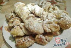 Točené rolky s jablečno-ořechovou nádivkou