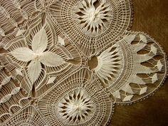 Antique Ladies Handkerchief Hand Made Tenerife Lace Silk Center Unused Perfect