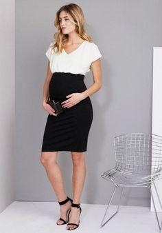 Fashionable maternity fashions outfits ideas 56