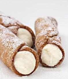 Goal - Italian Pastries Pastas and Cheeses Cannoli Shells Recipe Easy, Cannoli Cookies Recipe, Cannoli Cupcake, Cannoli Cream, Cannoli Filling, Italian Pastries, Italian Desserts, Fancy Desserts, Brunch