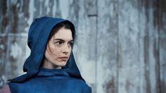 Anne Hathaway hood