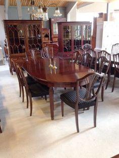 Billedresultat for spisestue Dining Table, Furniture, Home Decor, Decoration Home, Room Decor, Dinner Table, Home Furnishings, Dining Room Table, Home Interior Design