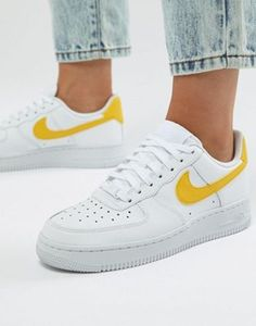 Nike Air Force 1 Trainers In White And Yellow