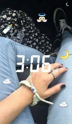 AGARRA TU CELULAR Y TÓMATE ESTAS FOTOS EN SNAPCHAT - Fire Away Paris Snapchat Time, Snapchat Streak, Snapchat Stories, Tumblr Snap, Snap Streak, Artsy Photos, Cute Poses, Insta Photo Ideas, Instagram Story Ideas