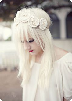 HOW do i get my hair this white???