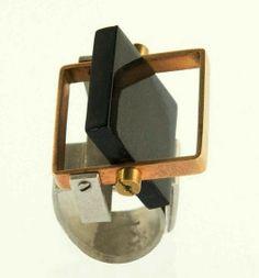 Fernando Betto - kinetic ring.
