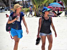 https://flic.kr/p/21Y2wFN   Look over there   Beach scene at Puerto Morelos, Riviera Maya - Mexico.