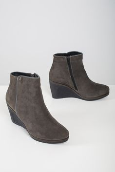 Low Heel Wedge Boots