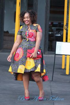 kitenge designs Hello gorgeous ladies Today on Stylish Gwin Africa, were looking out one of the most trending styles that is currently in vogue: Super Stylish and Juicy Ankara Gown Sty Latest African Fashion Dresses, African Inspired Fashion, African Dresses For Women, African Print Dresses, African Print Fashion, Africa Fashion, African Attire, African Wear, African Women