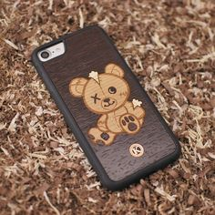What's not to love about Remo? He's cute a great complimentary mix of woods and has a great story behind him! Check it out on our site :) - - - - - #keyway #iphonecase #phonecase #iphonecases #phonecases #woodworking #woodandsteel #torontomade #torontostyle #handmadeisbetter #iphonestyle #lasercut #laserengraved #woodcraft #artisticdesign #woodart #woodcarving #spadina #queenstreet #wood #kingstreet #distillerydistrict #torontodesign #wildlifeplanet #wildlifeaddict #wildlife #torontolife…