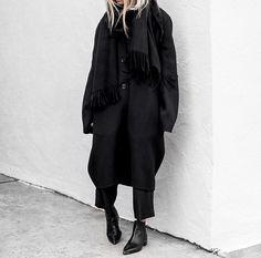 Figtny all black