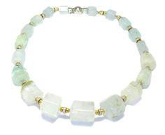 COLLAR AGUAMARINAS, ORO BLANCO, ORO AMARILLO Y BRILLANTES Beaded Necklace, Beaded Bracelets, Collar, Jewelry, White Gold, Glow, Yellow, Beaded Collar, Jewlery