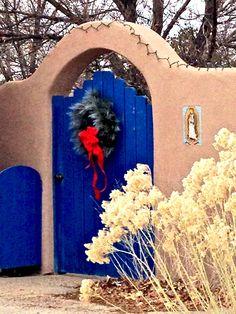 Colbalt blue gate | Santa Fe | lynn watt photo