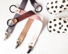 Pacifier clip via Mini Mocks. Click on the image to see more!