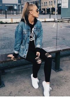 american eagle Jean Jacket Source by outfits for sc Tomboy Fashion american eagle Jacket jean Outfits Source teenager Cute Tomboy Outfits, Skater Girl Outfits, Cute Outfits With Jeans, Trendy Outfits, Tomboy Winter Outfits, Cute Tomboy Style, Tomboy Clothes, Summer Outfits, Casual Jean Outfits