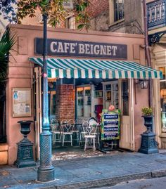 Cafe Beignet, New Orleans, Louisiana Just want to go to New ORleans! Been to Louisianna, just not here. Alton Brown says this is the best place for beignets on New Orleans Vacation, New Orleans Travel, Beignets, New Orleans Louisiana, Louisiana Usa, Louisiana Recipes, Shop Fronts, Mississippi, Places To Go