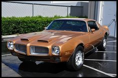 1971 Pontiac Firebird Formula 400 presented as lot at Anaheim, CA 2013 - Firebird Formula, Pontiac Firebird Trans Am, Us Cars, Sport Cars, Pontiac Cars, Pony Car, American Muscle Cars, Cars And Motorcycles, Vintage Cars