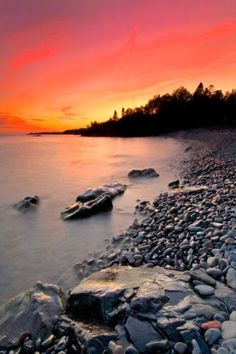 North Shore Sunset - By Nathan Lovas http://www.voteupimages.com/north-shore-sunset-by-nathan-lovas/