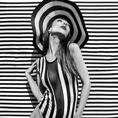 Op Art, Fascinator, Stripes, Model, Instagram, Dresses, Fashion, Gowns, Headpiece