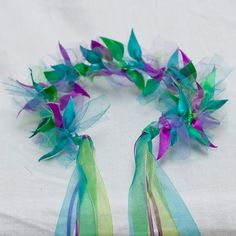 Fee Prinzessin Krone: Meerjungfrau, This is a fairy princess crown for all occasions and one of my best sellers. These crowns are great for finishing off a Halloween costume with one las. Fairy Crown, Flower Crown, Costume Halloween, Christmas Costumes, Halloween Outfits, Princess Crafts, Princess Tutu, Princess Wands, Mermaid Princess
