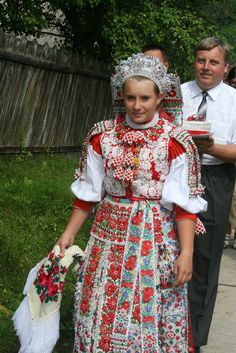 Reka, in Inaktelke (Transylvania) Folk Costume, Costumes, International Clothing, Budapest, Art Populaire, Hungarian Embroidery, Folk Dance, People Of The World, Historical Clothing