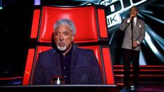 Tom Jones Uses Facebook to Outline his Issues with The Voice - Social Songbird