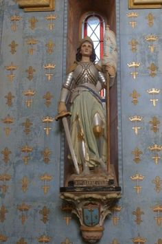 Bouillé-Ménard. Maine-et-Loire Joan D Arc, Saint Joan Of Arc, St Joan, Catholic Saints, Patron Saints, Roman Catholic, Arc France, Leelee Sobieski, Jeanne D'arc