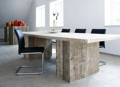 Bauholz Design: reclaimed scaffolding boards in the board room