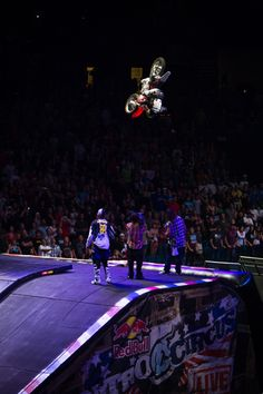 NITRO CIRCUS       AWESOME Nitro Circus, Bmx, Offroad, Travis Pastrana, Racing Motorcycles, Motorcycle Touring, Dirt Track Racing, Auto Racing, Freestyle Motocross