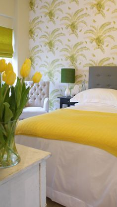 The Garden room Yellow Houses, Yellow Rooms, Yellow Cottage, Yellow Springs, Yellow Interior, Yellow Tulips, Bedroom Themes, Bedrooms, Inspiration Wall