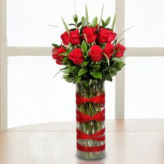 luv the ribbon wrap on the vase Valentine Flower Arrangements, Christmas Floral Arrangements, Rose Arrangements, Valentines Flowers, Flower Centerpieces, Flower Decorations, Valentine Nails, Valentine Ideas, Flower Show