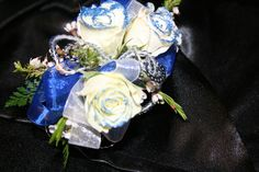 White, royal blue and silver corsage Homecoming Flowers, Prom Ideas, Corsages, Floral Designs, Consideration, Blue And Silver, Royal Blue, Projects To Try, Fancy