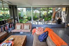 A Look Inside the Neutra VDL House — House Tour