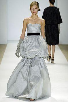 Monique Lhuillier Fall 2006 Ready-to-Wear Fashion Show - Anja Rubik