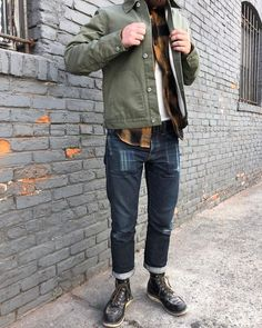 A personal favorite / Featuring / Olive Herringbone Ecru Knit Lined Supply Jacket, Gold Neppy Plaid BM Work Shirt, SKs 📷 modeled by Unisex Fashion, Urban Fashion, Mens Fashion, Fashion Blogs, Girl Fashion, Fashion Trends, American Casual, Casual Outfits, Men Casual