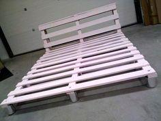 Pallet Platform Bed Frame - #pallets #bed