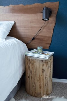 DIY Live Edge Headboard – Petite Modern Life This DIY Live Edge Headboard is so inexpensive and easy to make! Ombre Wall, Room Makeover, Wood Headboard, Home Decor, Hotel Room Design, Modern Rustic Decor, Live Edge, Headboard, Live Edge Headboard
