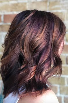 Peanut Butter And Jelly Hair Is The Ultimate Fall Trend You'll Need So Bad. Who would have thought that our favorite and delicious childhood treat would become the inspiration of one of the most gorgeous color hair trends out there? Violet, purple, and Fall Hair Color For Brunettes, Brown Hair Colors, Brown Hair With Purple Highlights, Fall Hair Highlights, Purple Ombre Hair Short, Purple Tinted Hair, Short Colorful Hair, Purple Blonde Hair, Purple Brown Hair