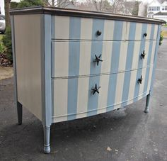 Love the stripes on this dresser! It is glazed with 1 part gray paint and 3 parts glaze to tone the colors down.