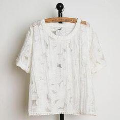 Short-Sleeve Lace-Hem Floral Top