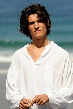 Louis Garrel Actor Louis Garrel attends 'La Belle Personne' photocall at the Kursaal Palace during the 56th San Sebastian International Film Festival on September 21, 2008 in San Sebastian, Spain.