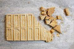 Maailman paras ja helpoin suklaakakku on mutakakku eli mudcake Baking, Crafts, Manualidades, Bakken, Handmade Crafts, Craft, Backen, Arts And Crafts, Artesanato